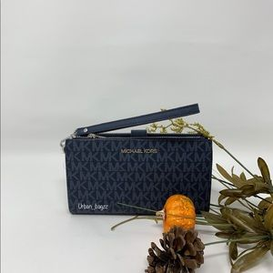 Michael Kors JST Large Double Zip Wristlet